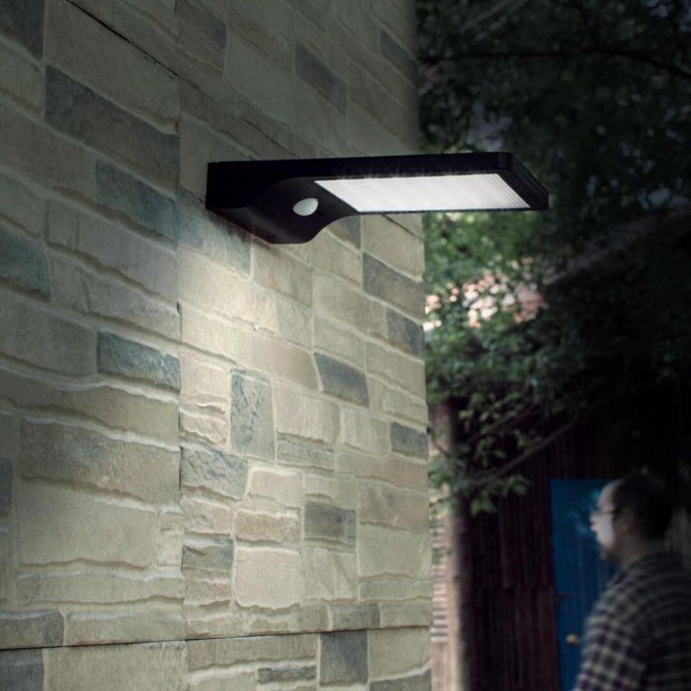reflector led solar pared 2