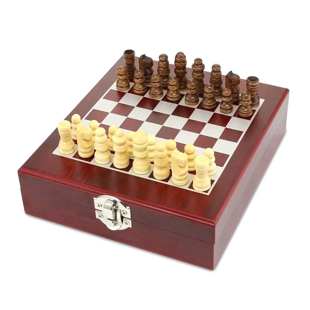 set vino ajedrez 2