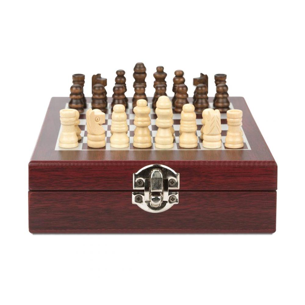 set vino ajedrez 4